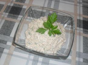 Снимка 4 от рецепта за Разядка с извара и магданоз