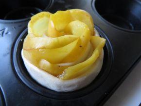 Снимка 6 от рецепта за Рози от ябълки
