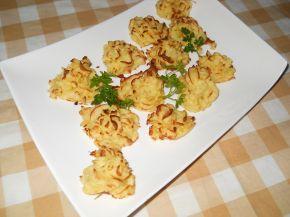 Снимка 2 от рецепта за Розички от картофено пюре