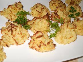 Снимка 3 от рецепта за Розички от картофено пюре
