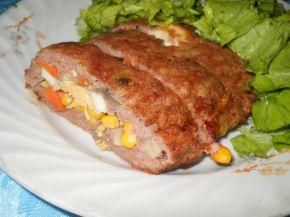 Снимка 2 от рецепта за Руло от кайма и гъби и пъстра плънка