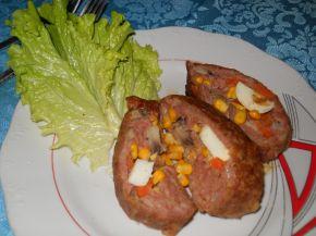 Снимка 3 от рецепта за Руло от кайма и гъби и пъстра плънка