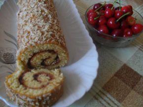 Снимка 3 от рецепта за Руло с череши