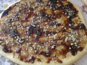 Снимка 4 от рецепта за Руло с орехи, сладко и лешници