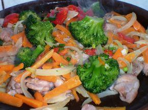 Снимка 3 от рецепта за Сач с пилешко месо