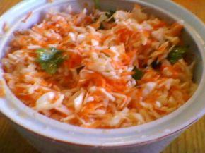 Снимка 2 от рецепта за Салата от моркови, зеле и магданоз с марината