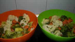 Снимка 1 от рецепта за Салата с броколи, карфиол и моркови