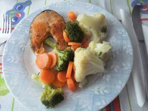 Снимка 4 от рецепта за Салата с броколи, карфиол и моркови