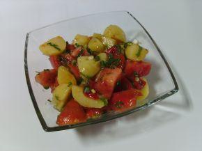 Снимка 2 от рецепта за Салата с варени картофи и домати