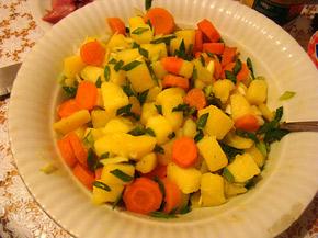 Снимка 3 от рецепта за Селска салата с месо