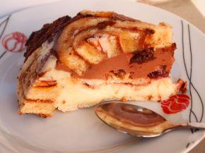 Снимка 2 от рецепта за Шарена  лесна торта с готови  рула