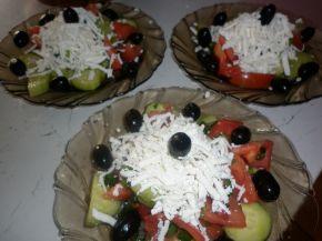 Снимка 3 от рецепта за Шопска салата