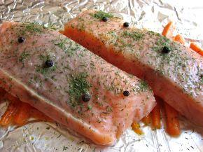 Снимка 4 от рецепта за Сьомга с моркови