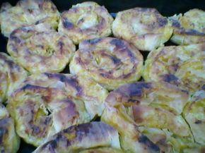 Снимка 4 от рецепта за Сладки банички с пържена тиква