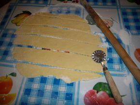 Снимка 5 от рецепта за Сладки бухтички