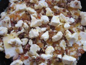 Снимка 4 от рецепта за Сладкиш с чаени бисквити и крема сирене