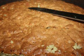 Снимка 6 от рецепта за Сладкиш с ябълки и грис