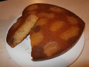 Снимка 4 от рецепта за Сладкиш с праскови
