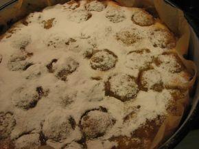 Снимка 3 от рецепта за Сладкиш със сливи