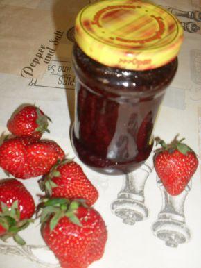 Снимка 3 от рецепта за Сладко и сироп от ягоди