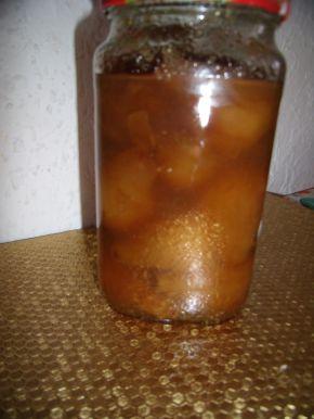 Снимка 2 от рецепта за Сладко от цели круши Петровки
