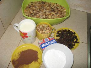 Снимка 2 от рецепта за Сладоледена торта от трохи