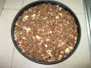 Снимка 7 от рецепта за Сладоледена торта от трохи