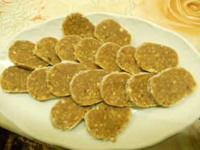 Снимка 4 от рецепта за Сладък салам