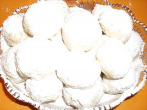 Снимка 2 от рецепта за Снежни топки
