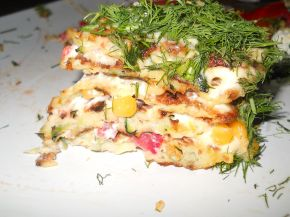 Снимка 7 от рецепта за Солена палачинкова торта с тиквички и моркови