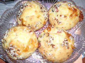 Снимка 2 от рецепта за Солени мъфини с кренвирш