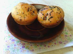 Снимка 5 от рецепта за Солени мъфини с кренвирш