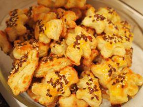 Снимка 3 от рецепта за Соленки с кашкавал