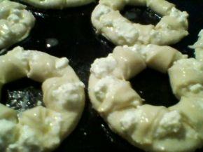 Снимка 5 от рецепта за Соленки със сирене
