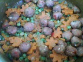Снимка 2 от рецепта за Супа с шарени кюфтенца и зеленчуци