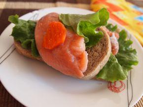 Снимка 2 от рецепта за Свеж сандвич с риба