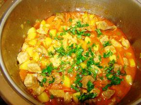 Снимка 6 от рецепта за Свинска яхния със зеленчуци