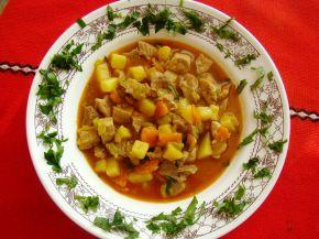 Снимка 8 от рецепта за Свинска яхния със зеленчуци