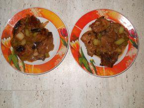 Снимка 2 от рецепта за Свински дроб с вино и праз