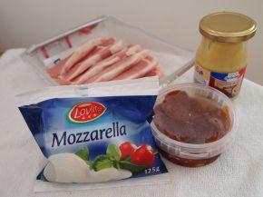 Снимка 2 от рецепта за Свински филенца с моцарела и сушени домати