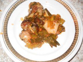 Снимка 2 от рецепта за Свинско месо с праз и лук