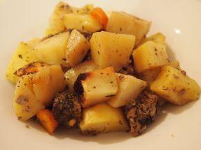 Снимка 2 от рецепта за Свинско с картофи в плик