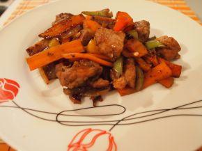 Снимка 2 от рецепта за Свинско със зеленчуци по китайски