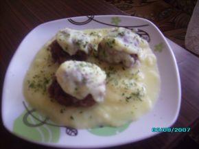 Снимка 2 от рецепта за Телешки кюфтенца със сушени кайсии