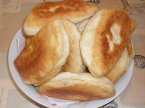 Снимка 2 от рецепта за Тесто за мекици, пици и други