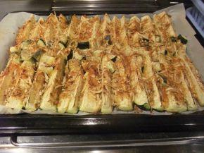 Снимка 6 от рецепта за Тиквички с кашкавал на фурна