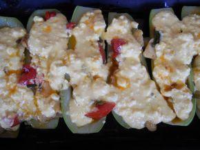 Снимка 7 от рецепта за Тиквички със сирене и яйце на фурна