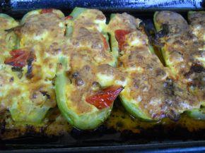 Снимка 8 от рецепта за Тиквички със сирене и яйце на фурна