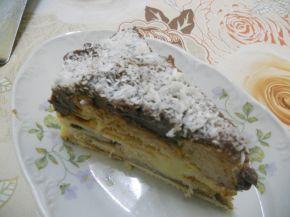 Снимка 4 от рецепта за Торта с кроасани - II вариант