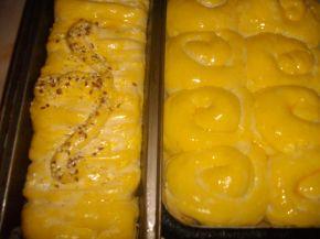 Снимка 3 от рецепта за Царевичен хляб и  завъртулки